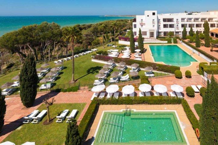 Hotel Fuerte Conil Costa Luz - Pool und Garten