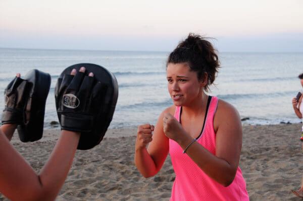 Steffi gibt Vollgas beim Boxing
