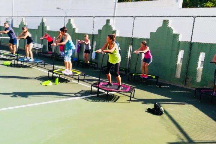 Jumping Fitness Reisen