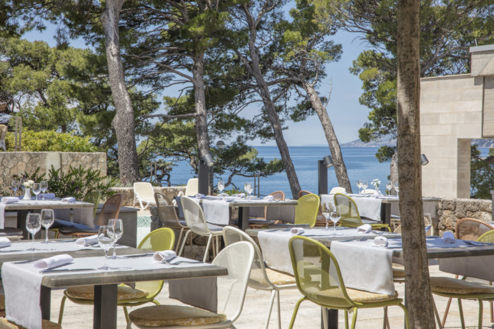 Hotel Bluesun Solline - Restaurant in Bela