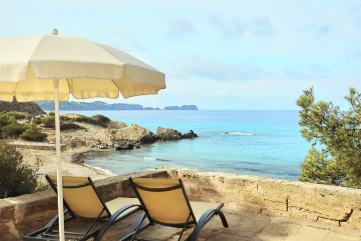 Im Universal Lido Park gibt es einige Special Plätze für Ruhe & Entspannung mit direkten Blick aufs Meer. Einfach TRAUMHAFT!