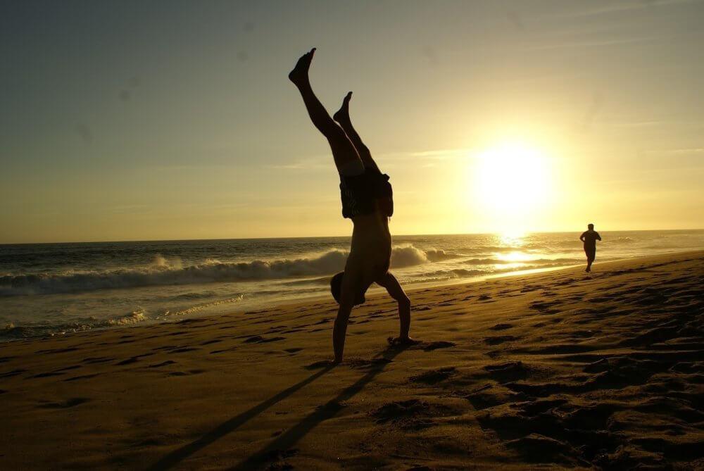 Fitness & Spaß am Strand von Sardinien