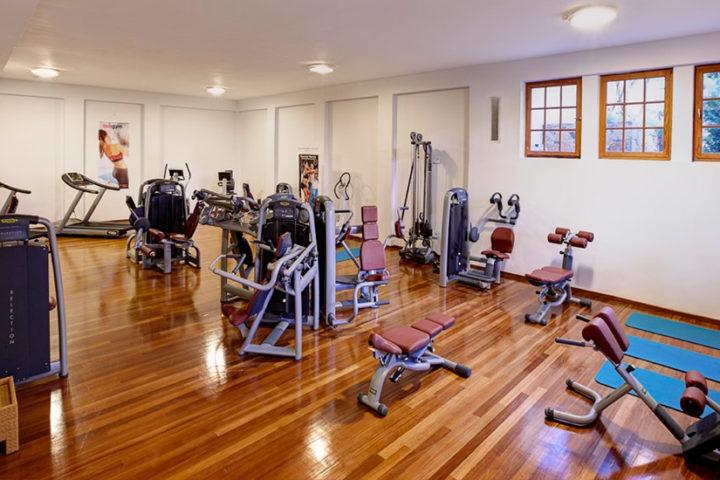 Fitnessstudio Kalimeri Kriti